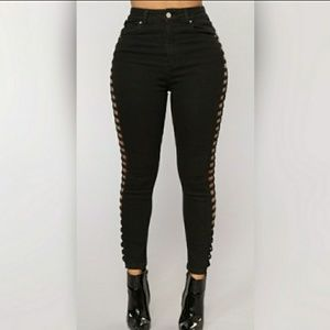 FN, SIDE LADDER CUT OUT HIGH WAIST SKINNY JEANS